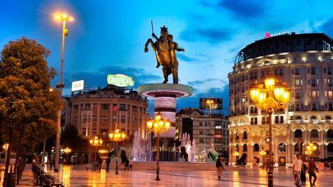 Atlı heykeli Üsküp Makedonya
