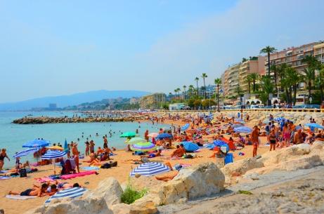 Cannes deniz ve yaz turizmi için uygun bir şehir
